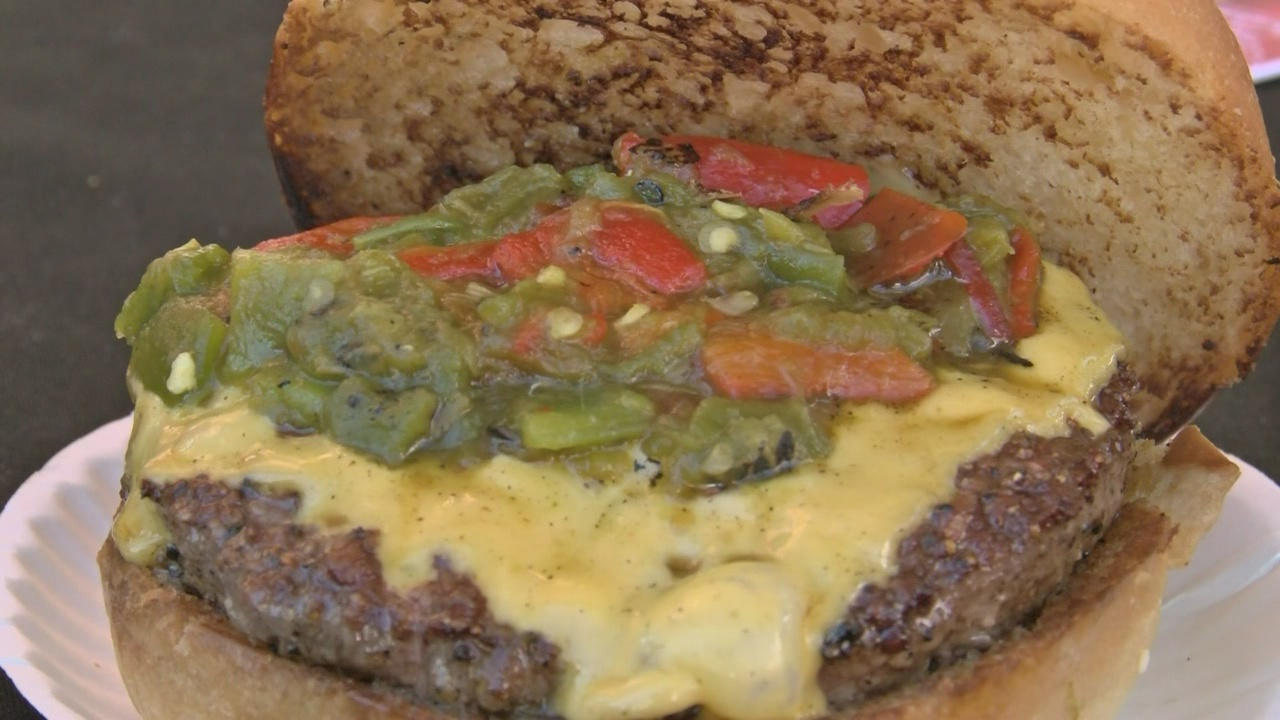 Green Chile burger_675688