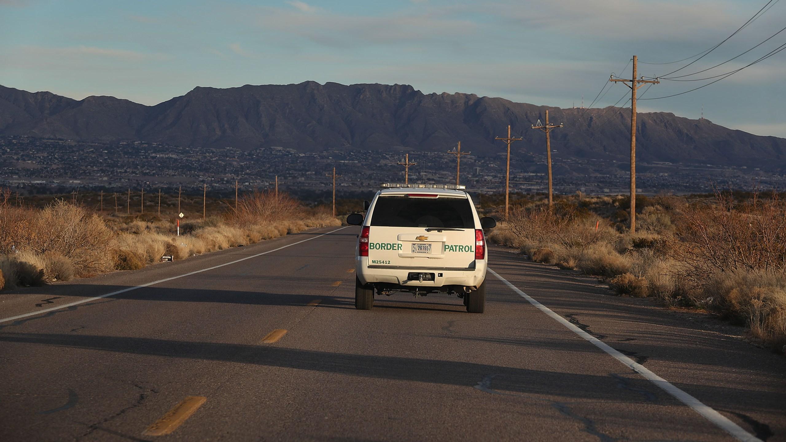 Border Patrol agents discover migrants in U-Haul truck