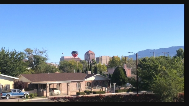 Hot air balloons make rare appearance on Albuquerque's southside