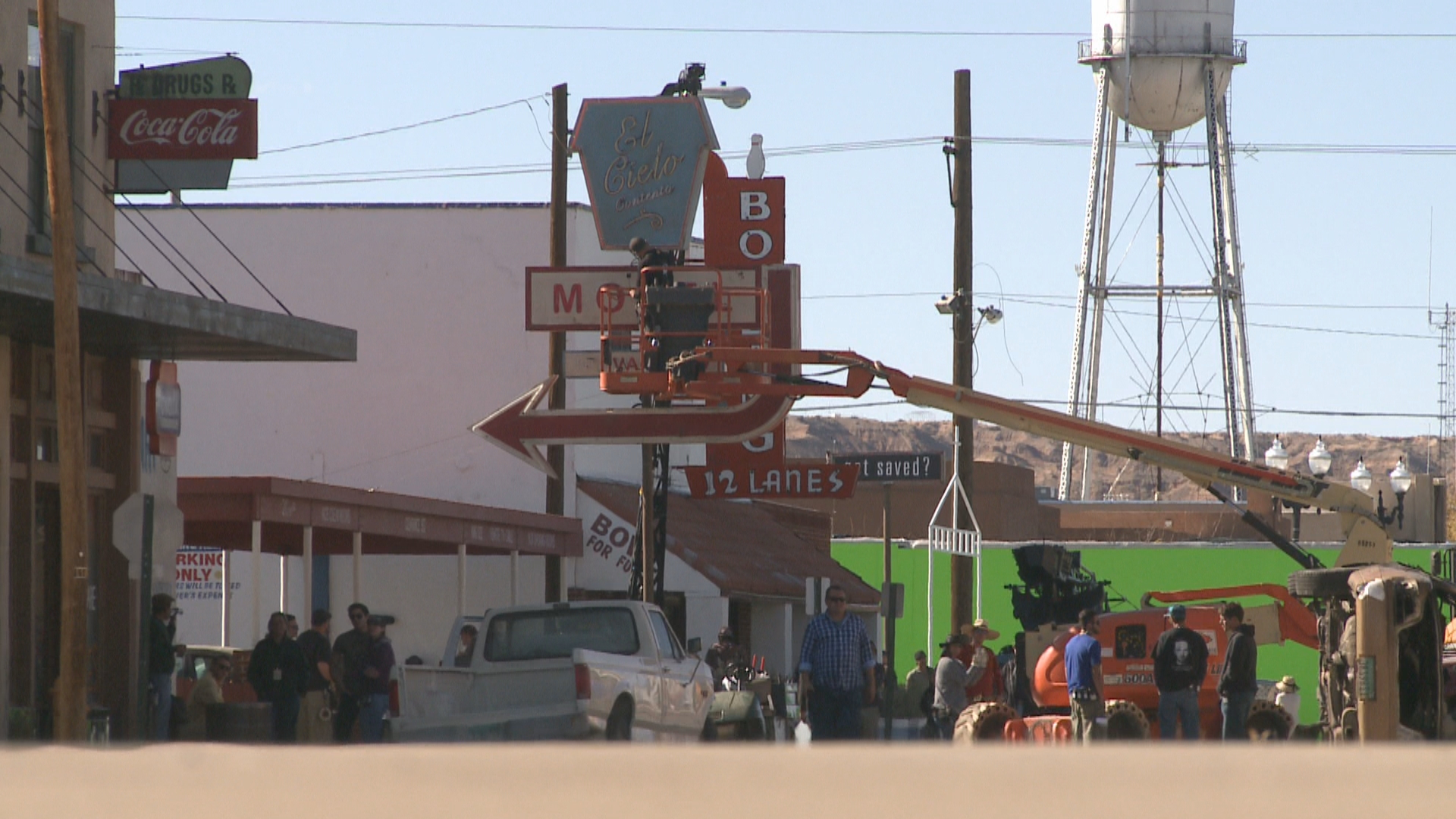 New Mexico background actors create 'Background Bill of Rights' for fair conditions on set