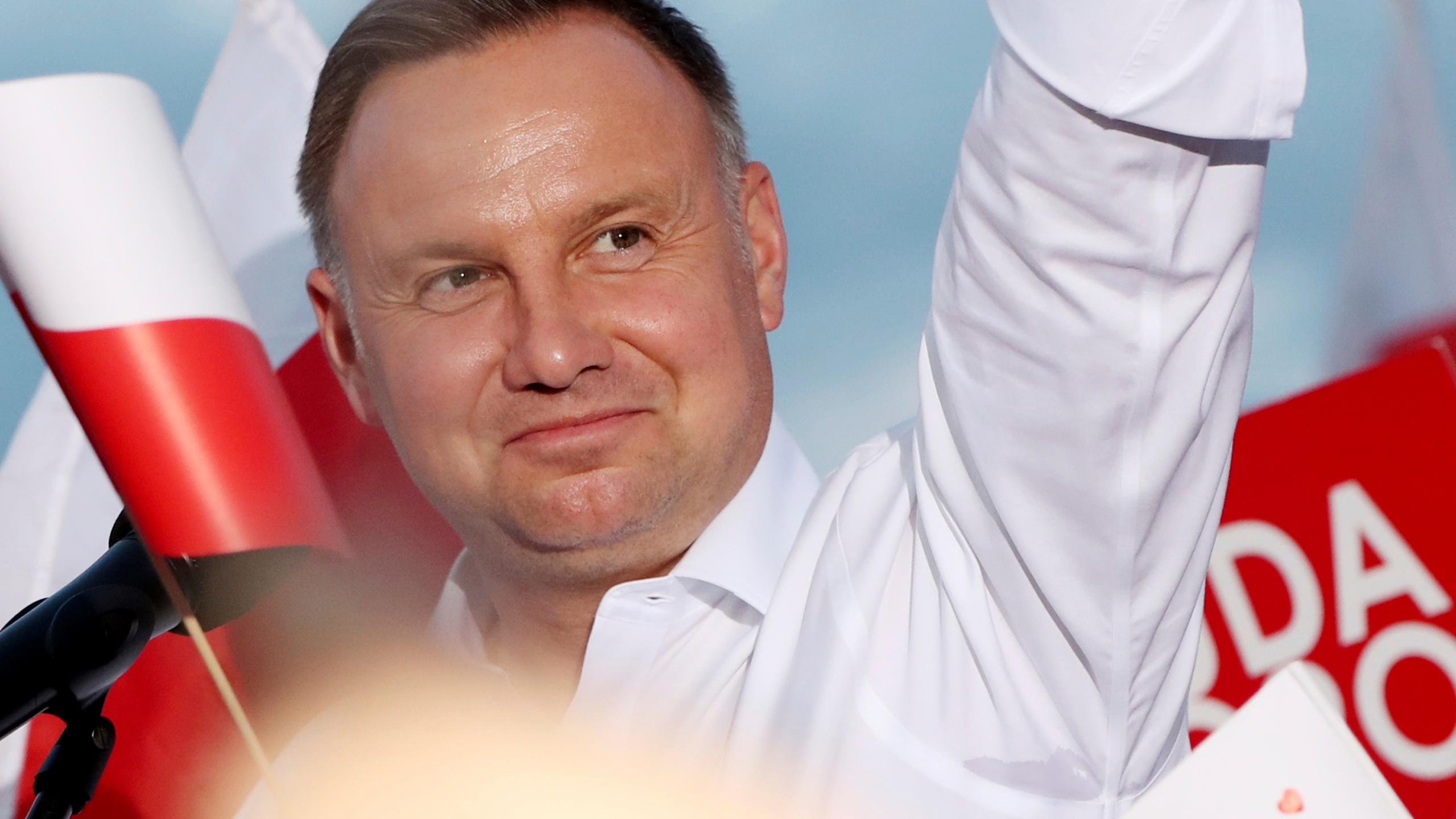 Exit Poll Duda Leads Poland S Tight Presidential Runoff Krqe News 13