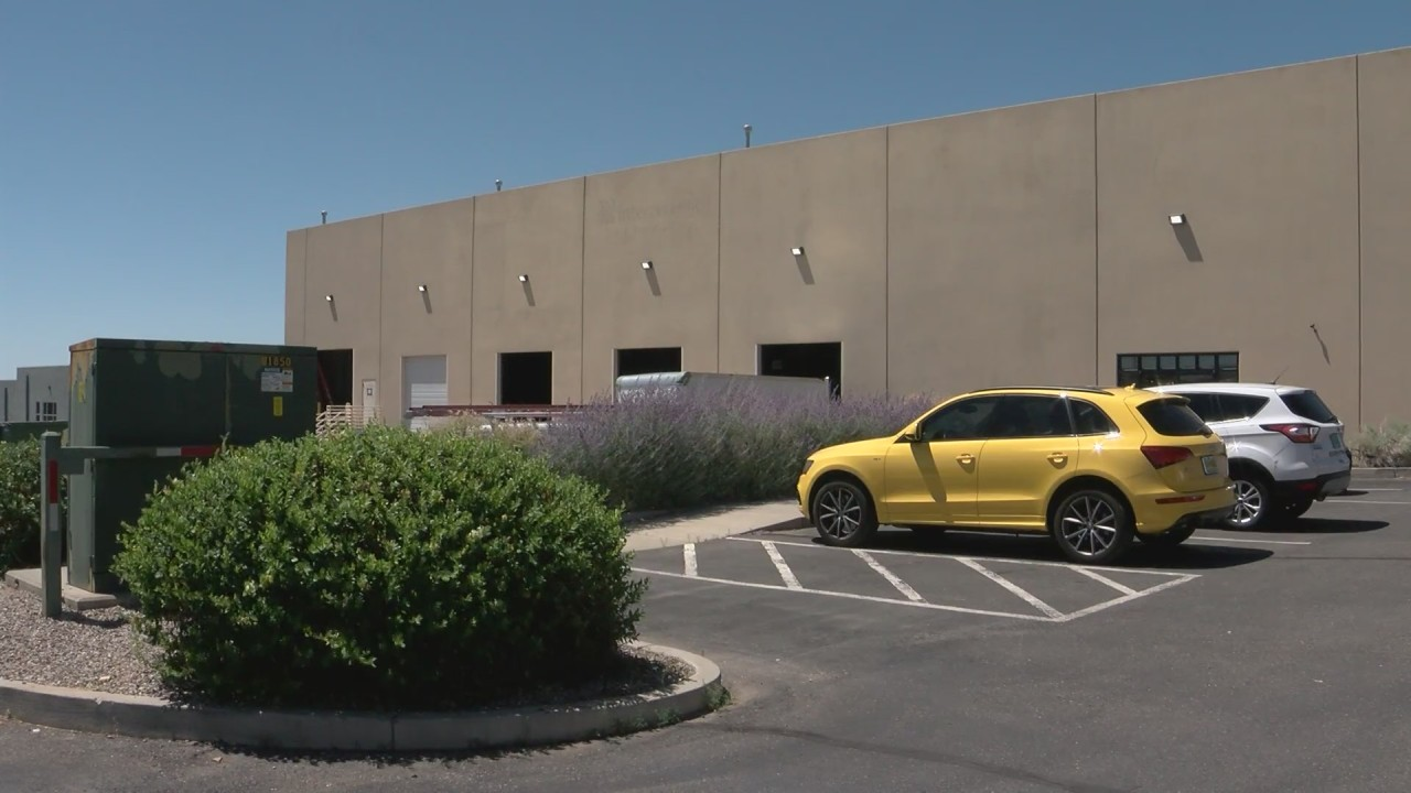 """ALBUQUERQUE, N.M.(KRQE) – A unique, cutting-edge business is moving into the metro. They use technology to keep food fresher, longer and healthier, all while boosting the local economy. """"New Mexico Fresh Foods is a social enterprise company,"""" said NM Fresh F…"""
