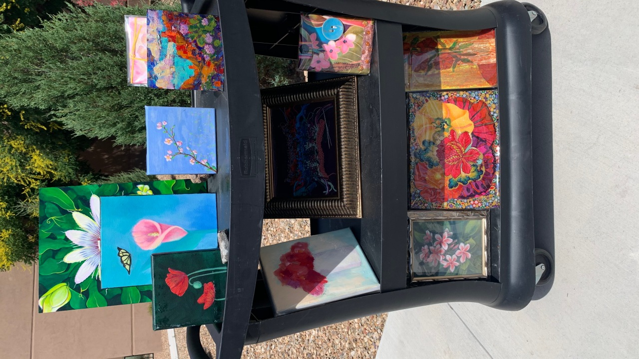 Santa Fe artists produce artwork featuring flowers for patients