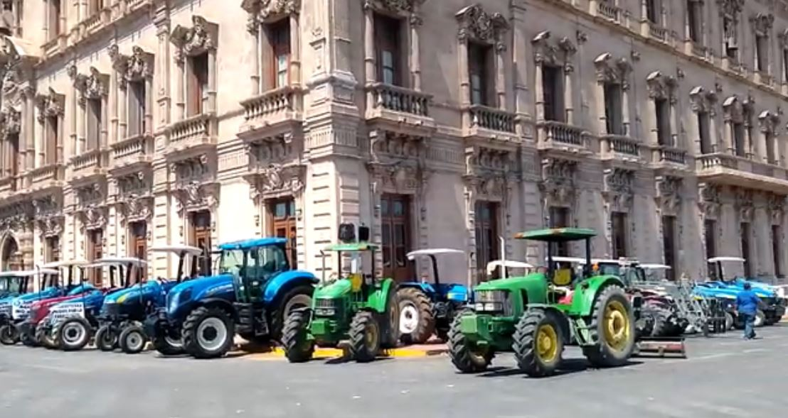 Farmers Take Over Highways Buildings In Chihuahua As Water Conflict Escalates Krqe News 13