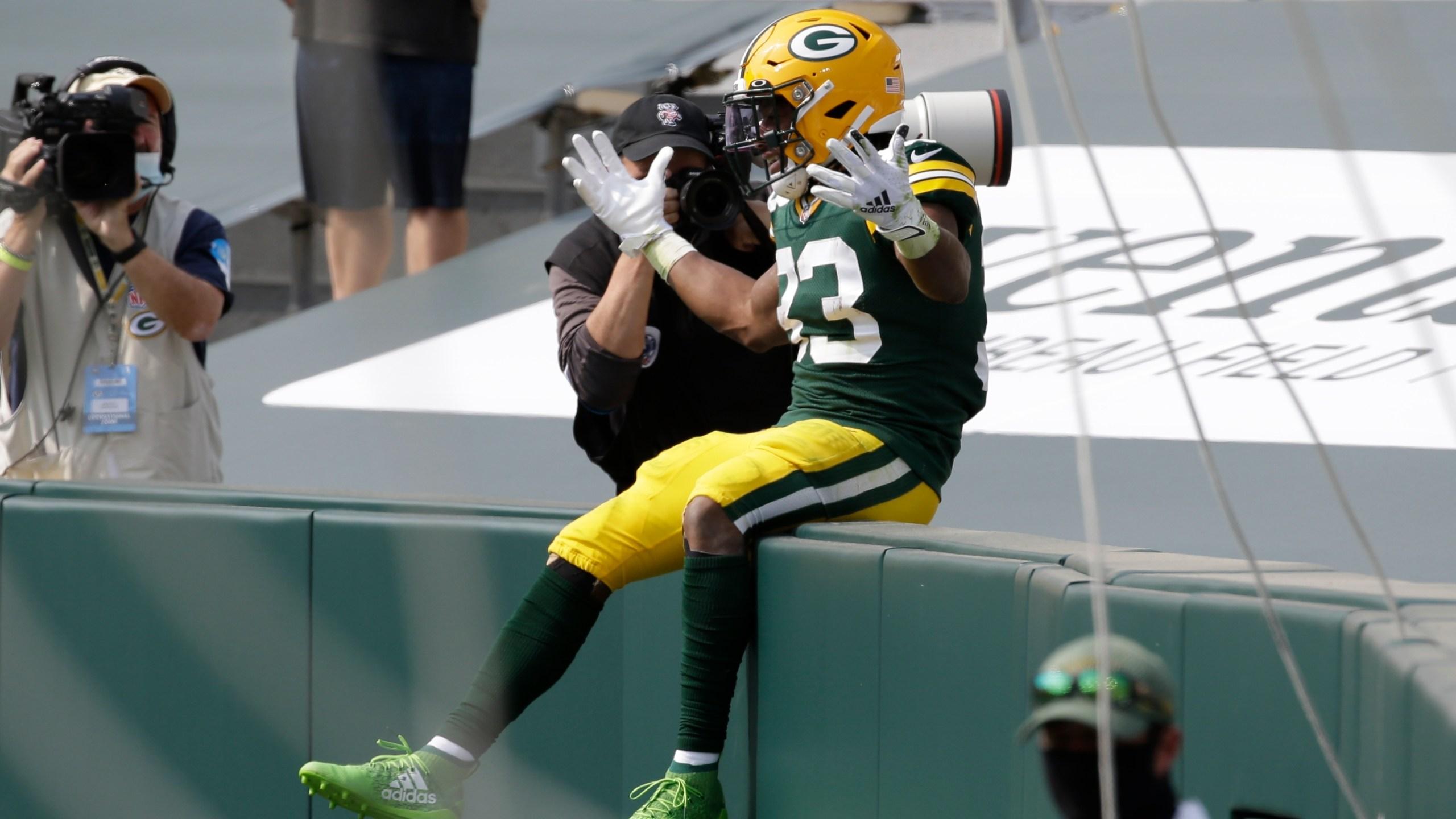 Jones Big Day Helps Packers Beat Lions 42 21 In Home Opener Krqe News 13