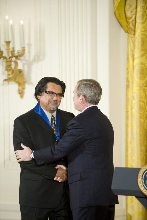 Jesús Moroles, Recipient of the National Medal of Arts in 2008, presented by President Bush